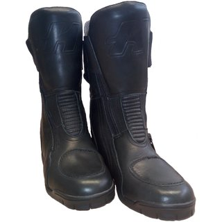 Held Via touring boots